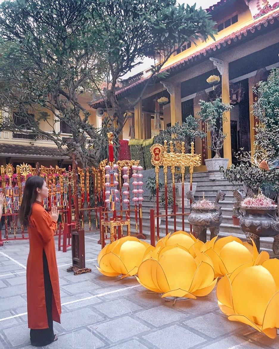 Du xuan dau nam o 5 ngoi chua noi tieng Ha Noi hinh anh 10 kimchangchun_60065643_405193193651947_5873475616571392895_n.jpg