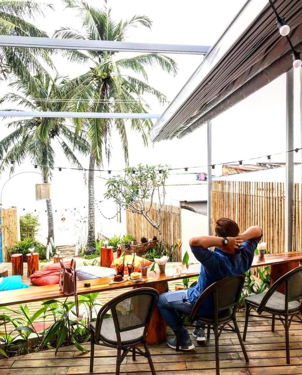 Tranh nong ngay he tai nhung quan ca phe view dep o Phu Quoc hinh anh 2 Tránh nóng ngày hè tại những quán cà phê view đẹp ở Phú Quốc - 29716743_163253951055927_3545579520998244352_n - Tránh nóng ngày hè tại những quán cà phê view đẹp ở Phú Quốc