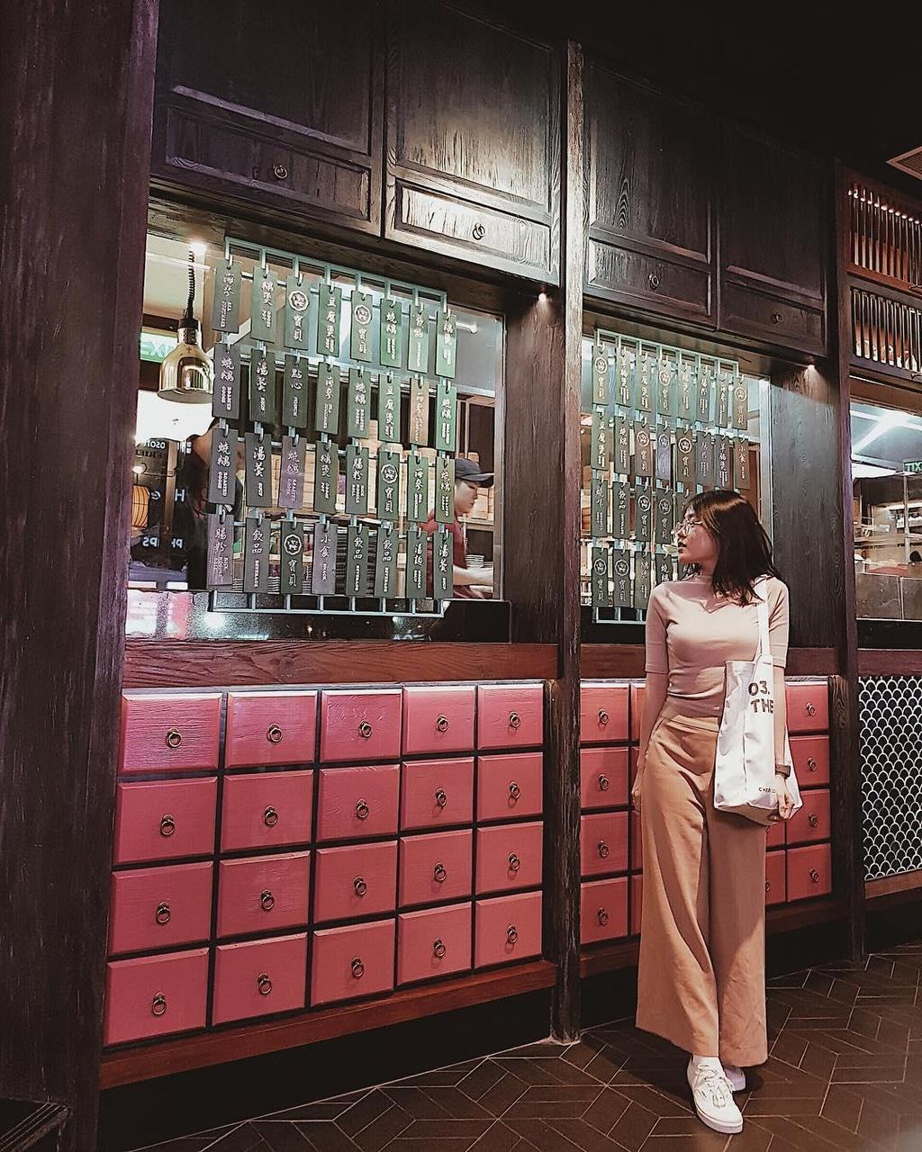 4 nha hang Hong Kong ngon, nhieu goc check-in ao dieu o TP.HCM hinh anh 9