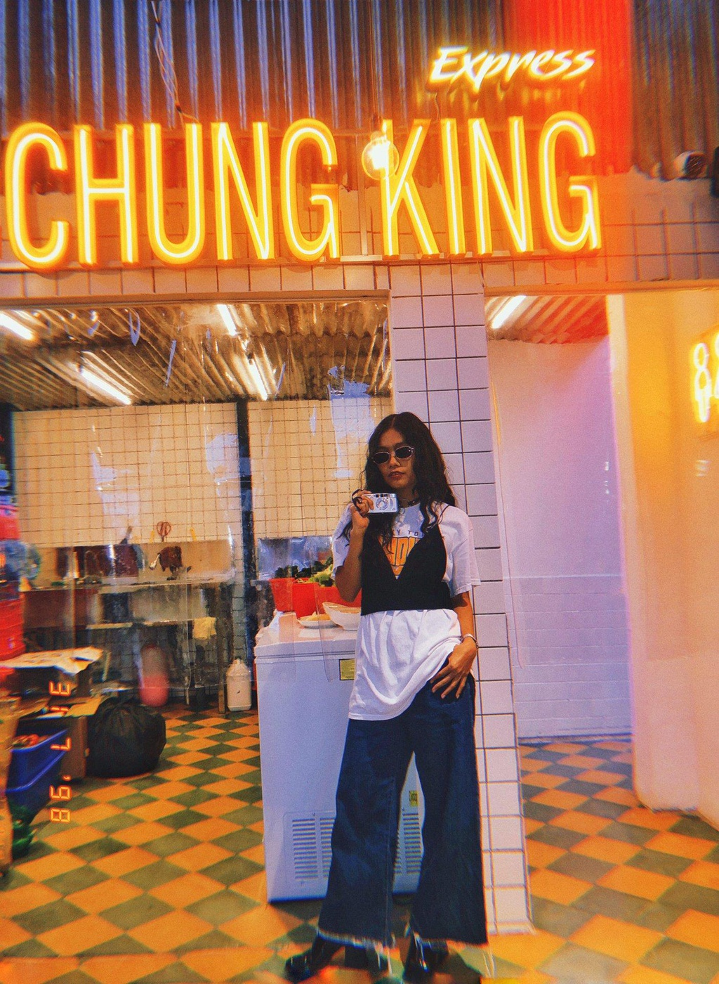 Tiem lau dam chat Hong Kong moi toanh thu hut hoi 'song ao' o Da Lat hinh anh 1