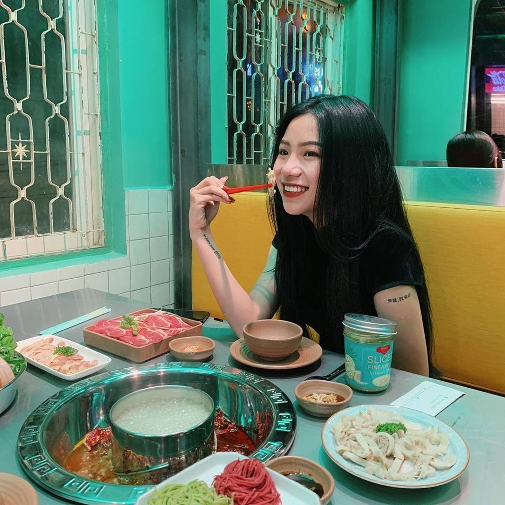 Tiem lau dam chat Hong Kong moi toanh thu hut hoi 'song ao' o Da Lat hinh anh 10