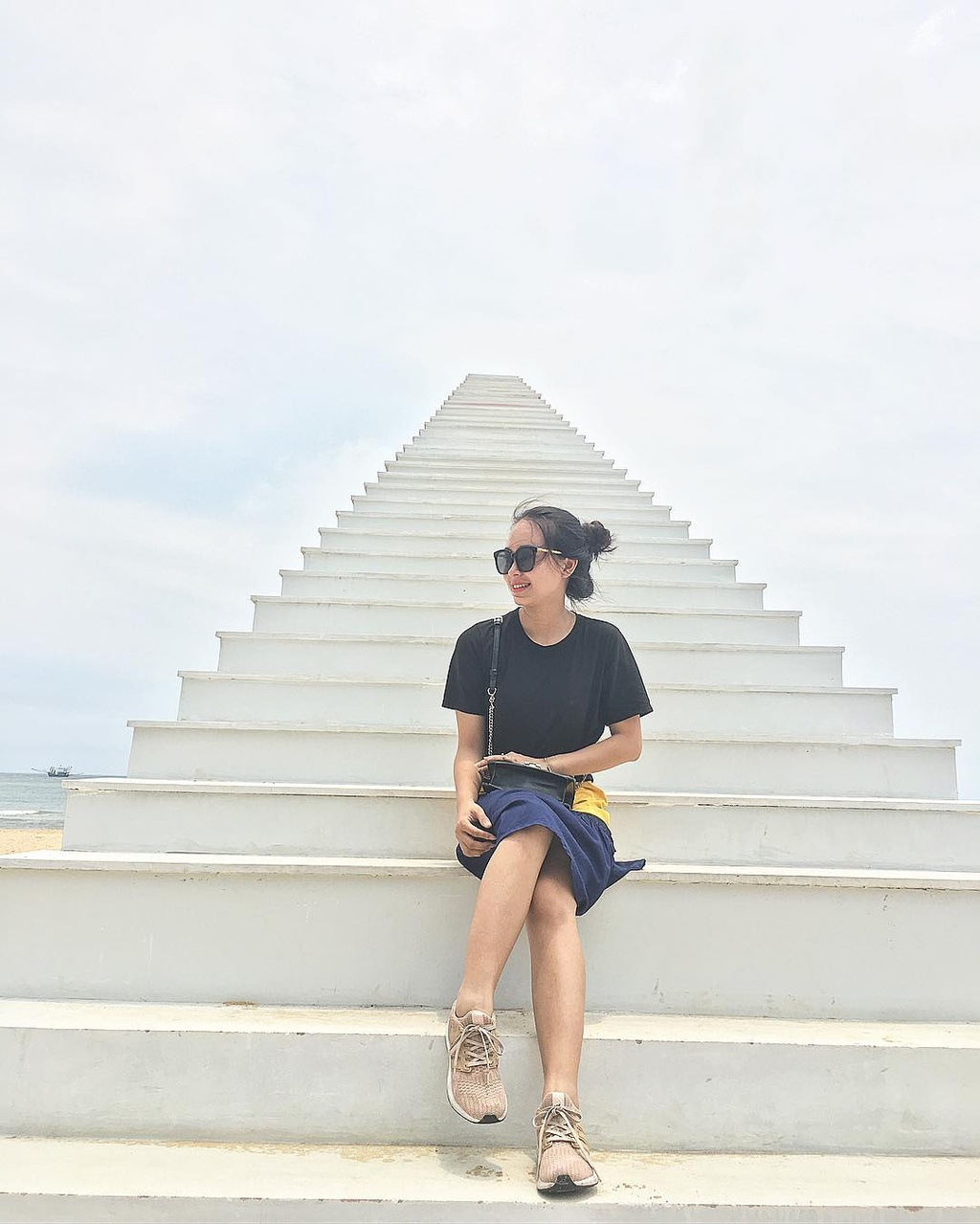 Bien Cua Tung dep hoang so hut gioi tre den Quang Tri hinh anh 7