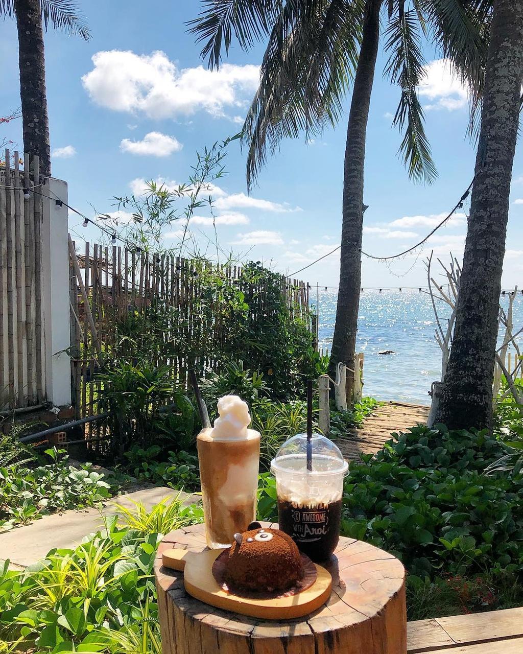 Chill het nac tai 4 diem ca phe view bien tuyet dep o Phu Quoc hinh anh 9  - __1ucky_ - Chill hết nấc tại 4 điểm cà phê view biển tuyệt đẹp ở Phú Quốc