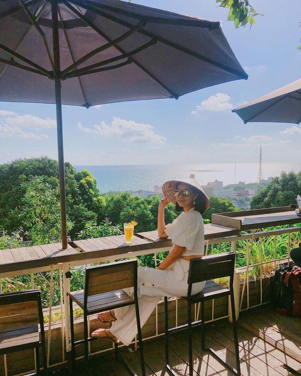 Chill het nac tai 4 diem ca phe view bien tuyet dep o Phu Quoc hinh anh 18  - _chewlu__ - Chill hết nấc tại 4 điểm cà phê view biển tuyệt đẹp ở Phú Quốc