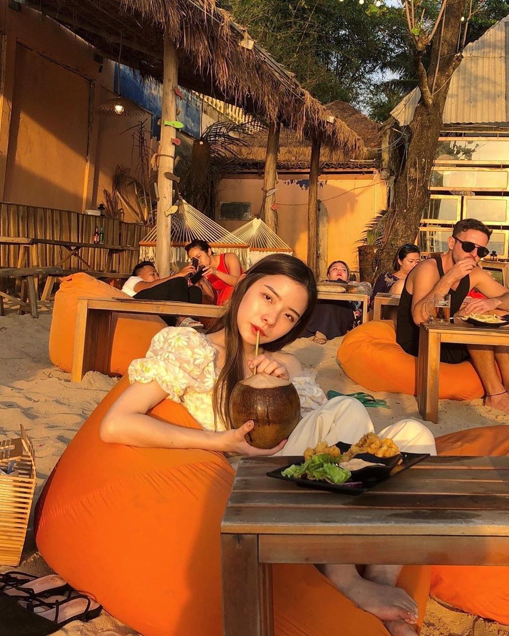 Chill hết nấc tại 4 điểm cà phê view biển tuyệt đẹp ở Phú Quốc