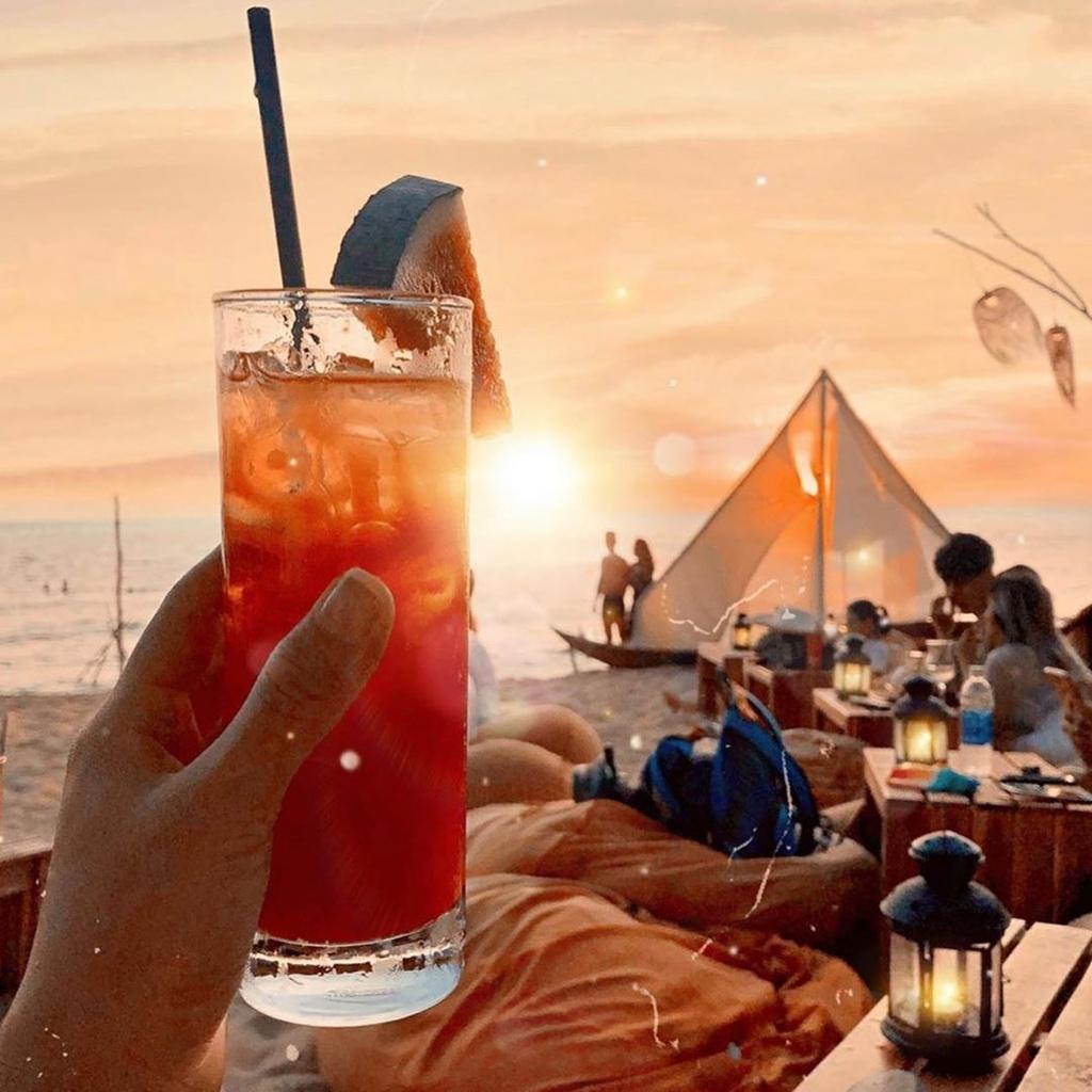Chill het nac tai 4 diem ca phe view bien tuyet dep o Phu Quoc hinh anh 6  - ocsenbeachbar - Chill hết nấc tại 4 điểm cà phê view biển tuyệt đẹp ở Phú Quốc