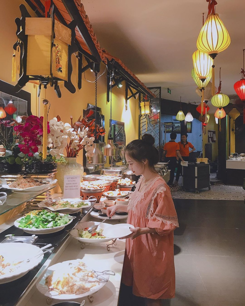 An uong tha ga tai 4 nha hang buffet nuong o Da Nang hinh anh 3