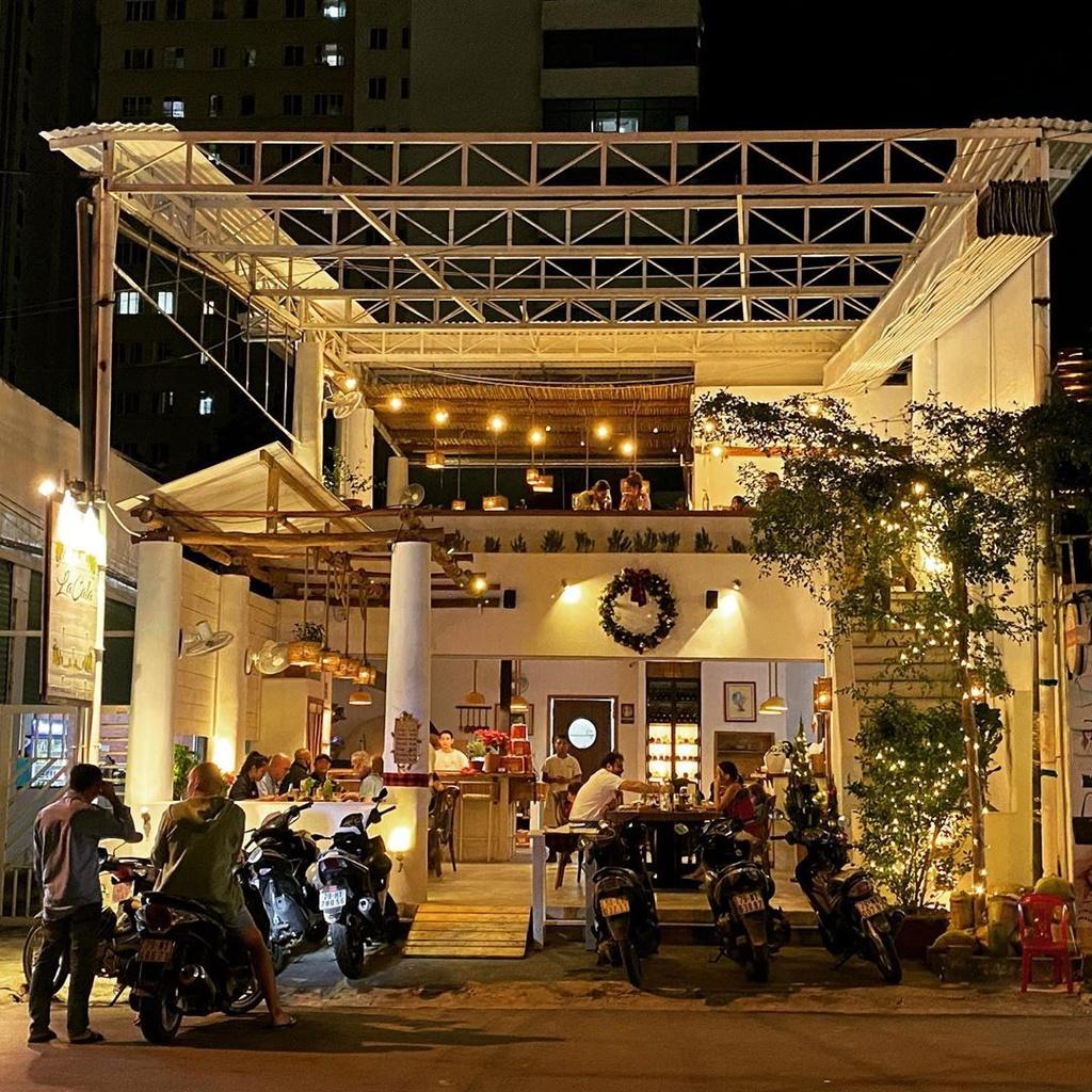 4 nha hang view dep khong the bo qua o Nha Trang hinh anh 1 lacalanhatrang_.jpg
