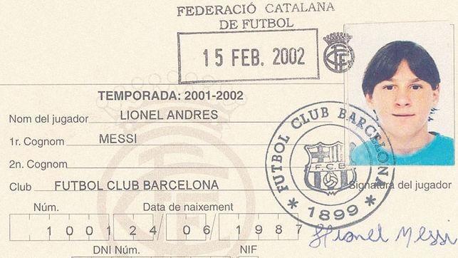 Lionel Messi - Tu cau be tram lang toi huyen thoai song cua Barcelona hinh anh 1