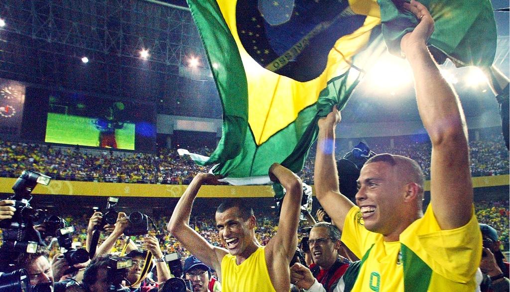 Ronaldo de Lima - Cam hung cho the he moi hinh anh 2