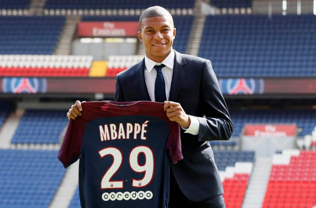 Mbappe, Martial va nhung sao tre dat gia nhat lich su hinh anh 10