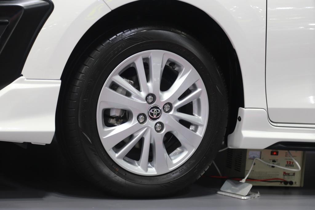 Toyota Vios TRD 2019 ra mat tai Thai Lan anh 6