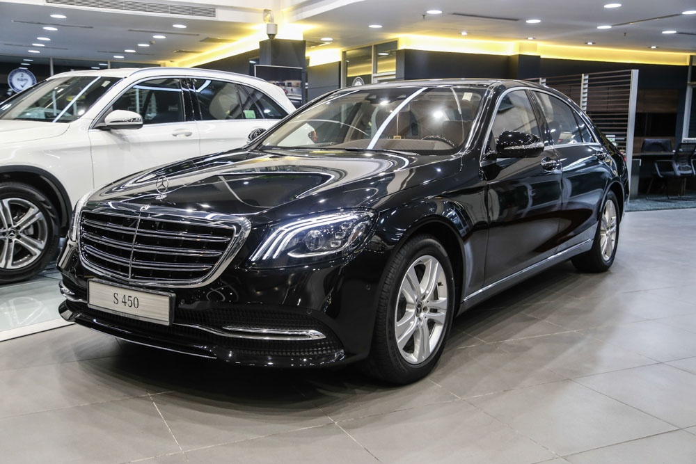 Can canh Mercedes-Benz S450 anh 1