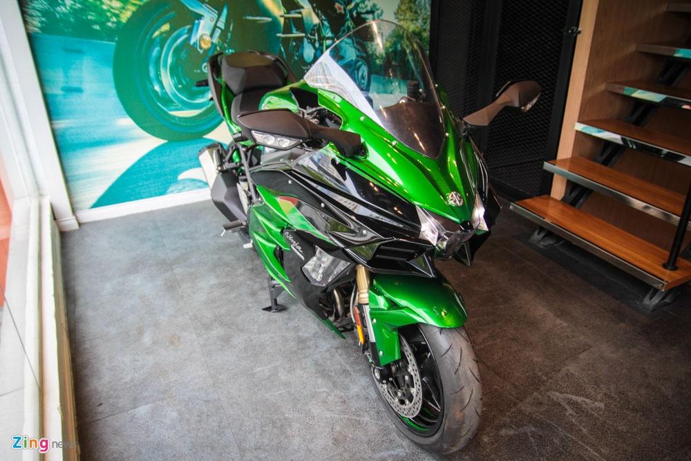 Sieu moto phuot Kawasaki Ninja H2 SX SE dau tien ve Viet Nam hinh anh 1