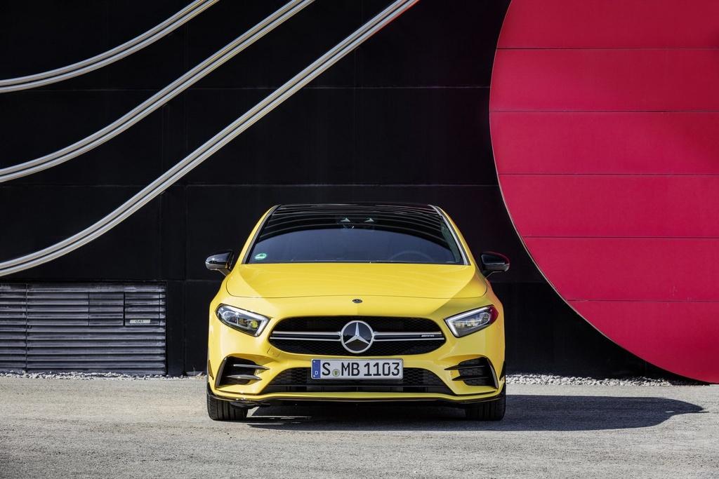 Mercedes-AMG A35 ban ra vao thang 12, gia hon 54.000 USD hinh anh 3