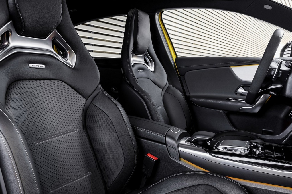 Mercedes-AMG A35 ban ra vao thang 12, gia hon 54.000 USD hinh anh 6