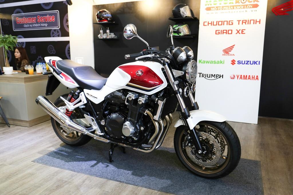 Honda CB1300 Super Four SP dau tien ve Viet Nam, gia 488 trieu dong hinh anh 2