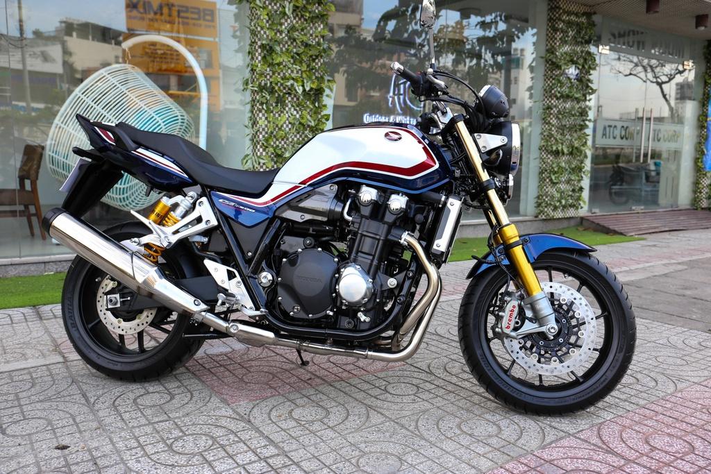Honda CB1300 Super Four SP dau tien ve Viet Nam, gia 488 trieu dong hinh anh 7