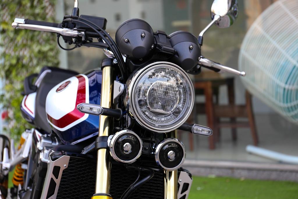 Honda CB1300 Super Four SP dau tien ve Viet Nam, gia 488 trieu dong hinh anh 3