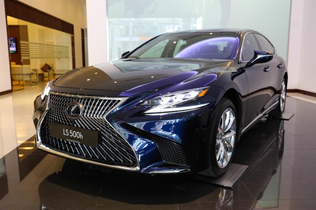 Chi tiet Lexus LS500h 2019 gia 8,75 ty dong vua ra mat o VN hinh anh 5