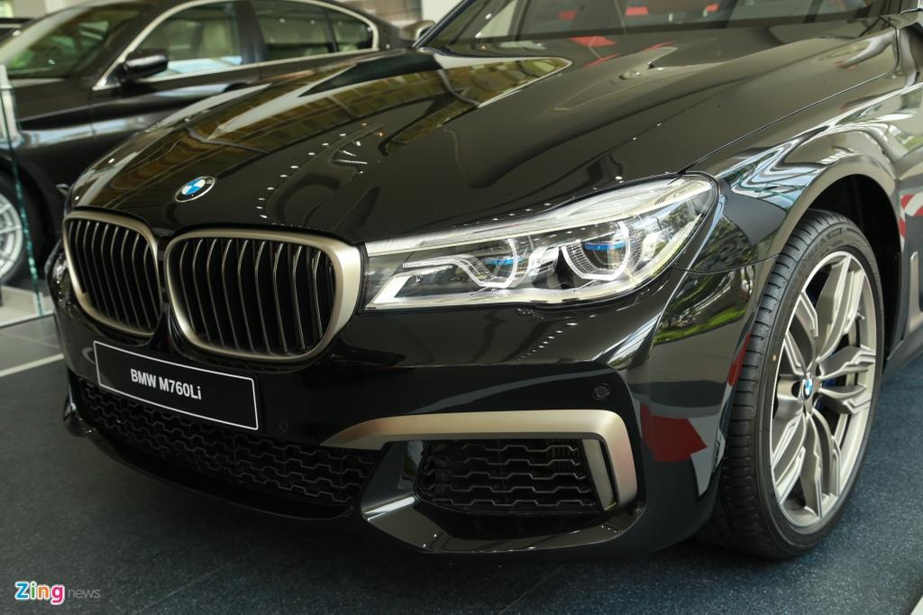 Chi tiet BMW M760Li XDrive moi xuat hien tai VN, gia 13 ty dong hinh anh 16