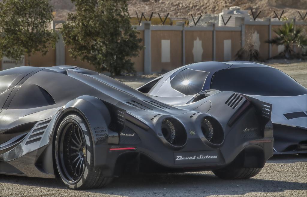 Can canh 'Ac quy' Devel Sixteen manh gap 3 lan Bugatti Chiron hinh anh 4