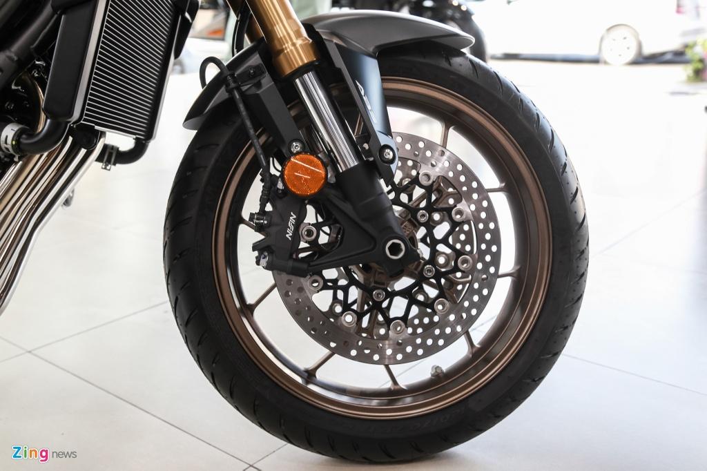 Honda CB650R cap ben dai ly, gia 246 trieu dong hinh anh 9