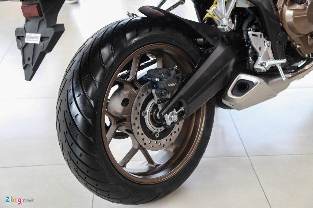 Honda CB650R cap ben dai ly, gia 246 trieu dong hinh anh 12