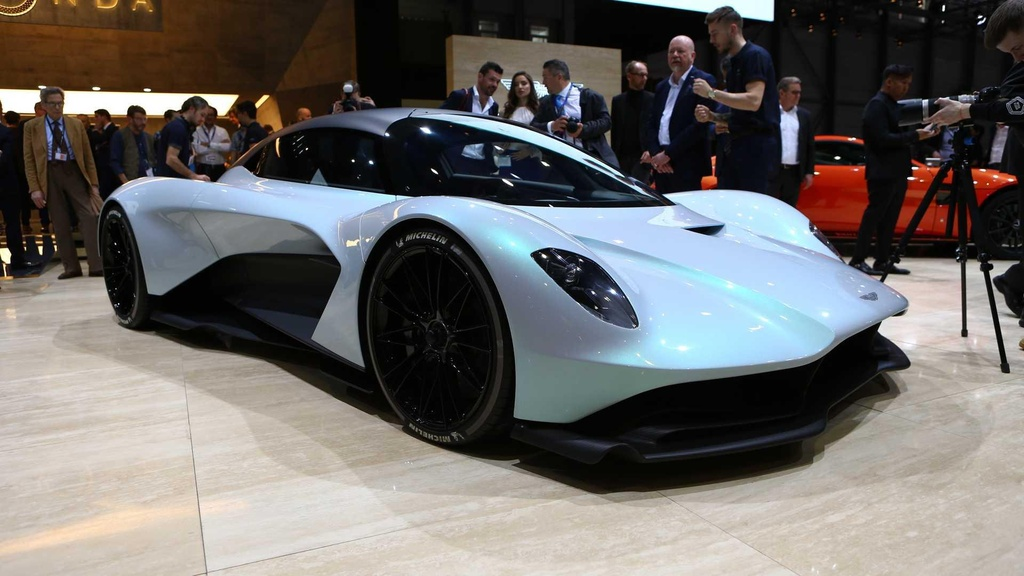 Sieu xe moi cua Aston Martin manh 1.000 ma luc, gia tren 1 trieu USD hinh anh 1