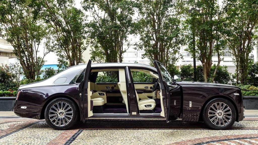 Rolls-Royce Phantom co them cabin rieng anh 1
