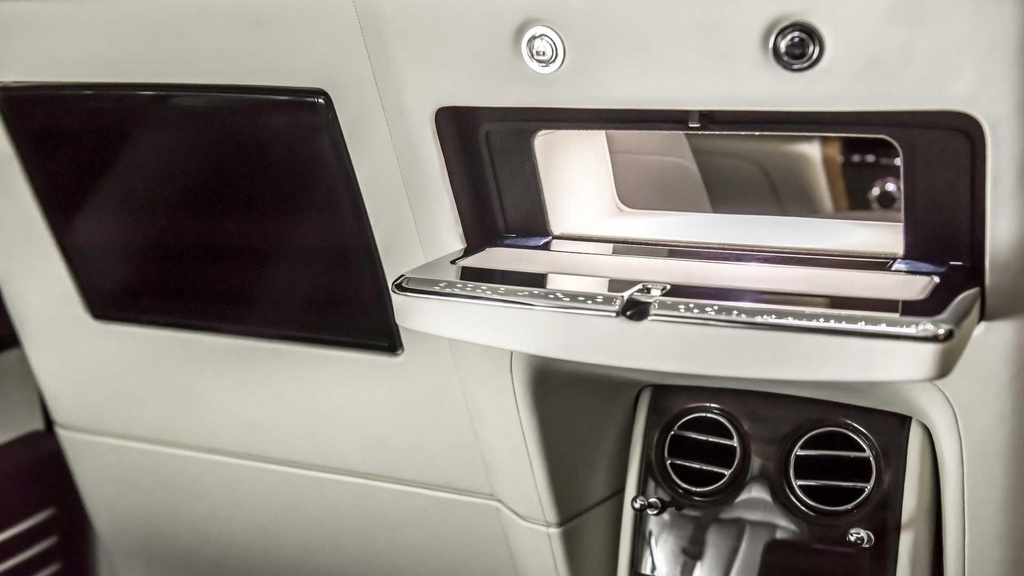 Rolls-Royce Phantom co them cabin rieng anh 5