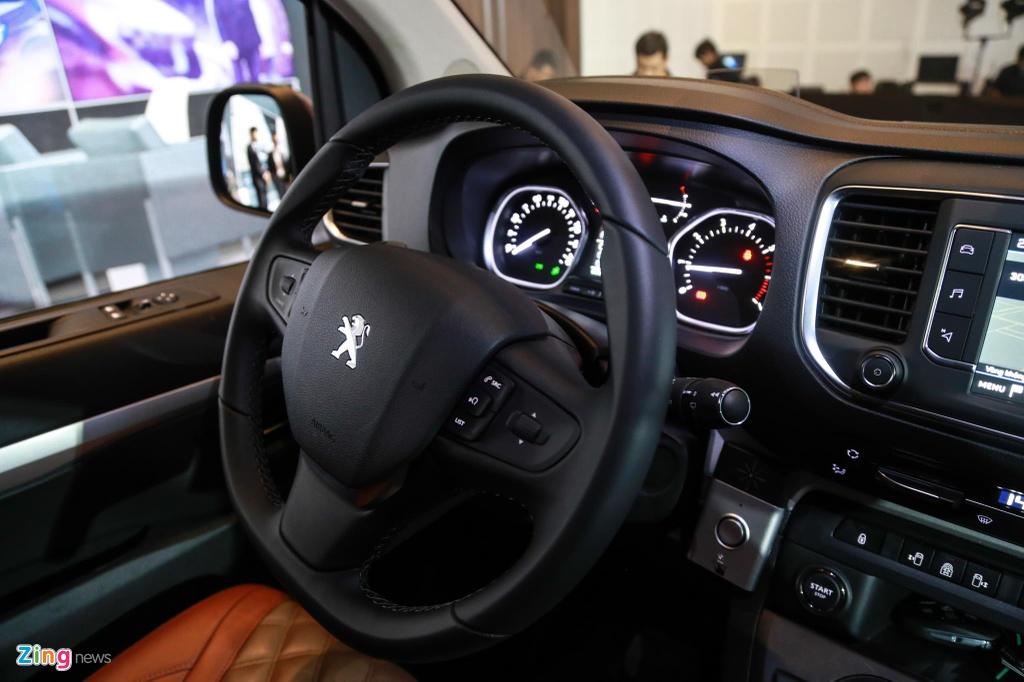 Chi tiet Peugeot Traveller vua ra mat tai VN, gia tu 1,7 ty dong hinh anh 12