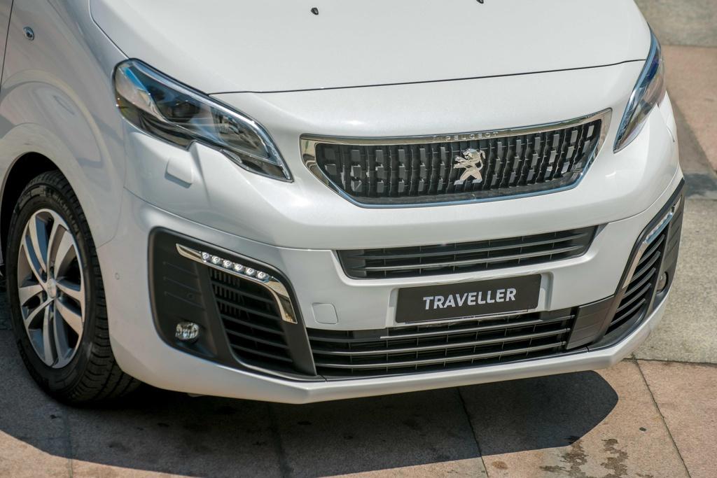 Chi tiet Peugeot Traveller vua ra mat tai VN, gia tu 1,7 ty dong hinh anh 3