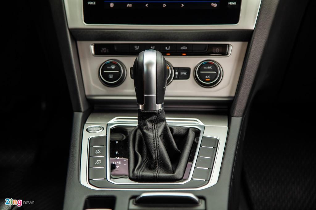Danh gia Volkswagen Passat BlueMotion anh 12