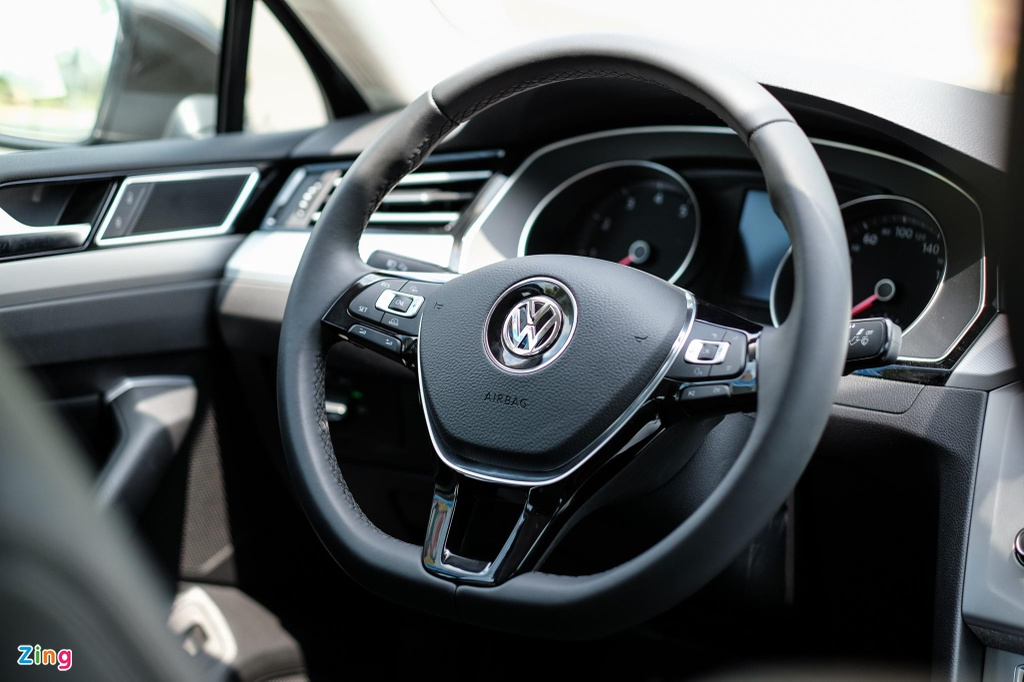 Danh gia Volkswagen Passat BlueMotion anh 15