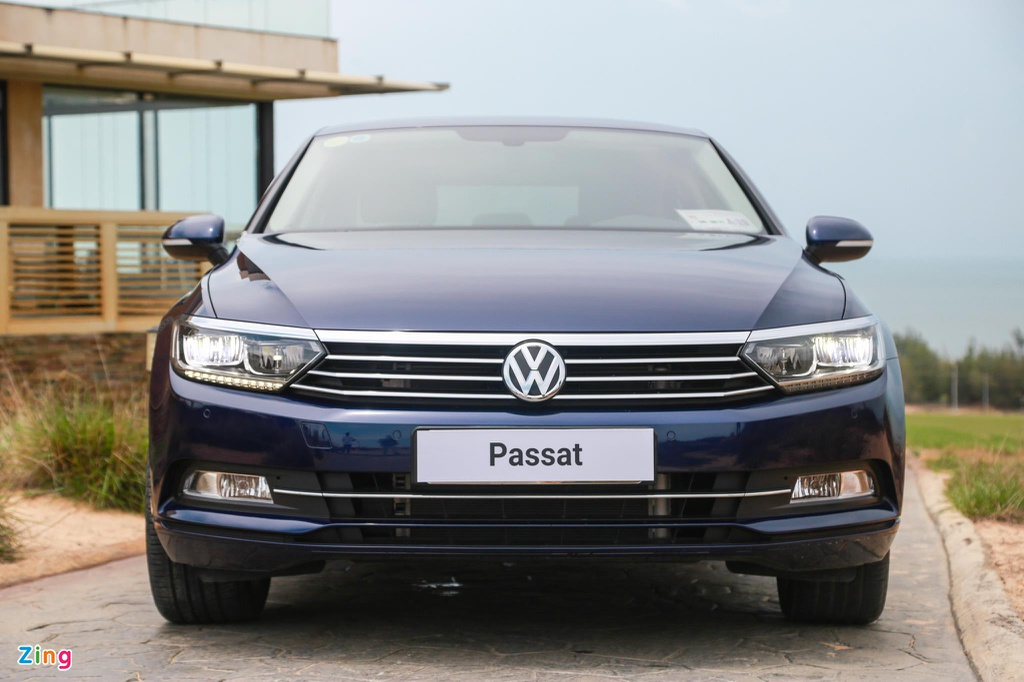 Danh gia Volkswagen Passat BlueMotion anh 1