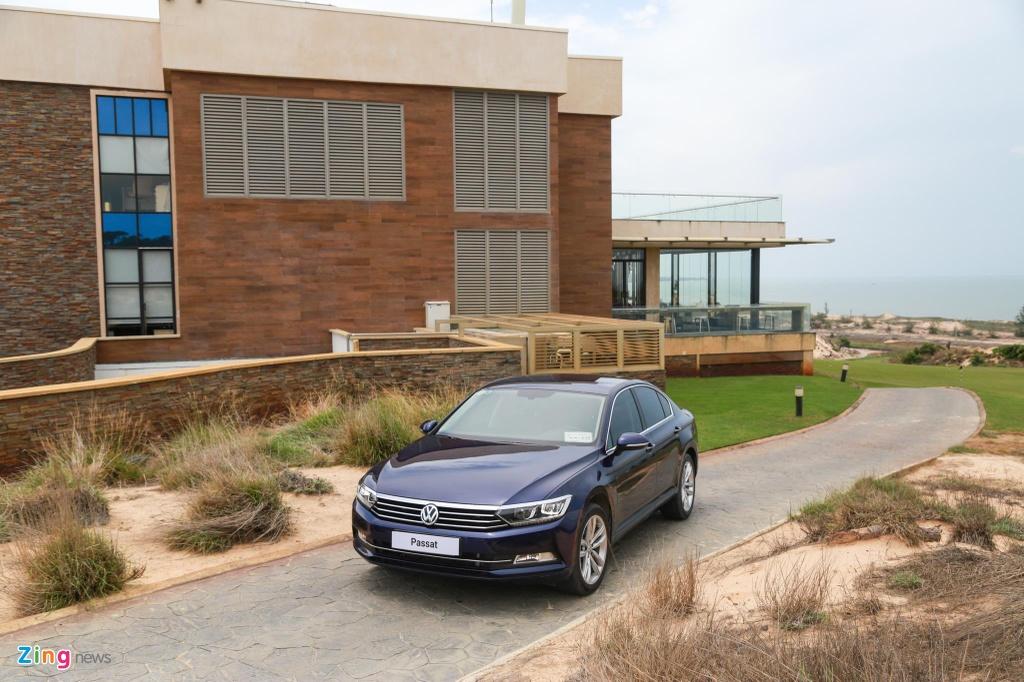 Danh gia Volkswagen Passat BlueMotion anh 4