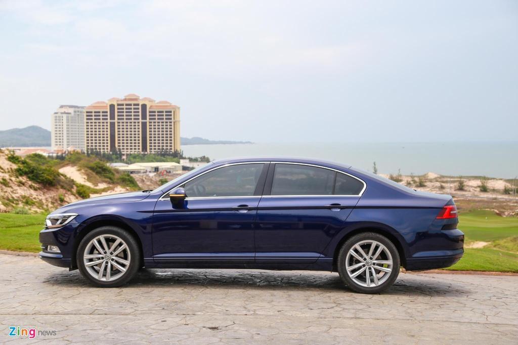 Danh gia Volkswagen Passat BlueMotion anh 6