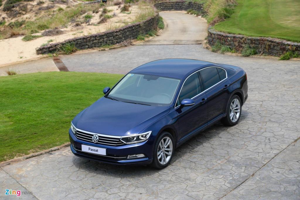 Danh gia Volkswagen Passat BlueMotion anh 2