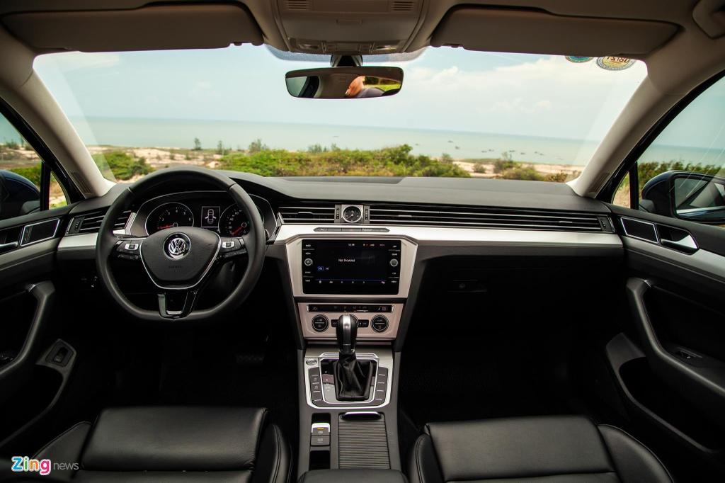 Danh gia Volkswagen Passat BlueMotion anh 9