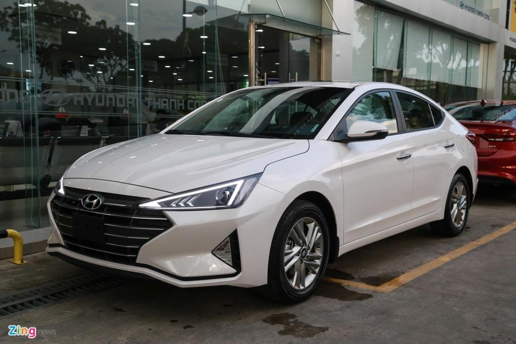 Hyundai Elantra 2019 va Kia Cerato 2019: Ke tam lang nguoi nua can hinh anh 1