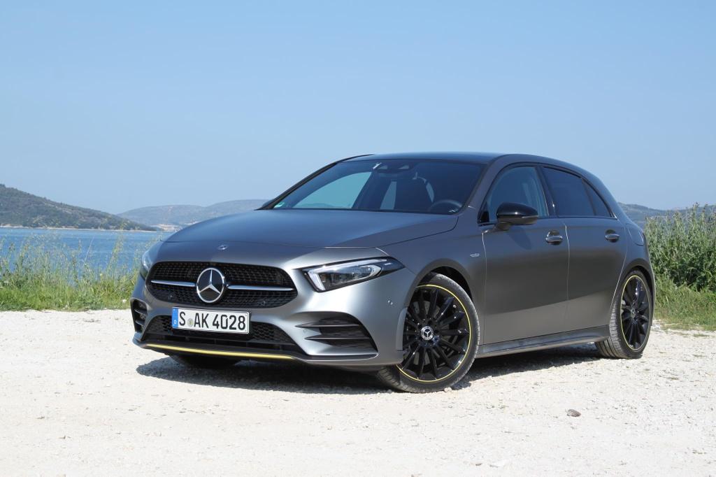 BMW X7, Mercedes-Benz GLE va nhieu mau xe sang ruc rich cap ben VN hinh anh 10