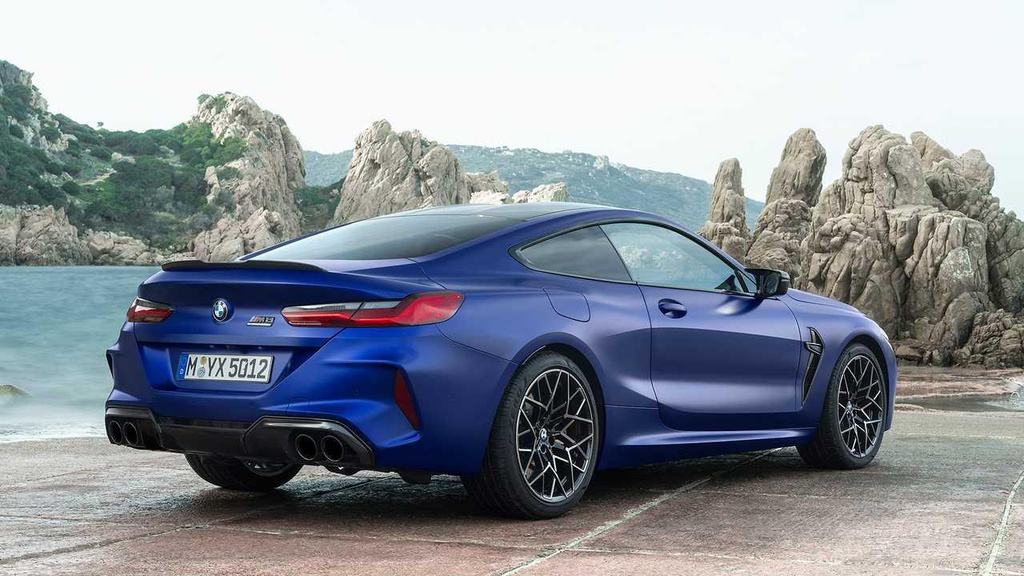 BMW M8 chinh thuc lo dien anh 9