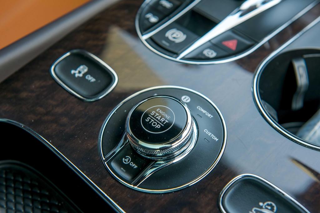 Bentley Bentayga V8 ban ky niem 100 nam anh 8