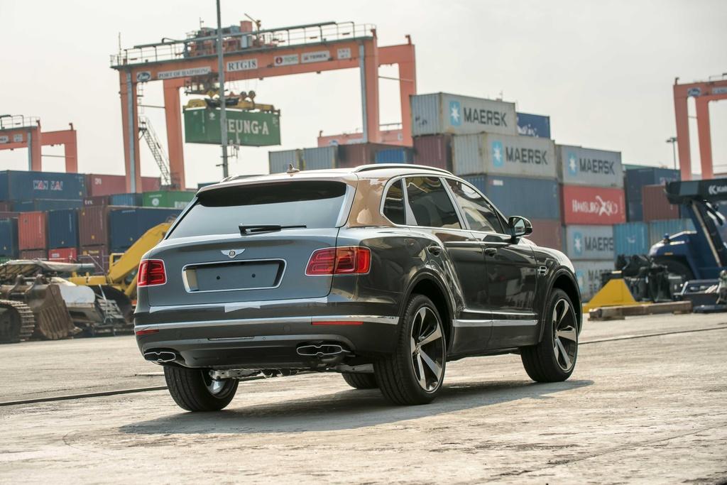 Bentley Bentayga V8 ban ky niem 100 nam anh 9