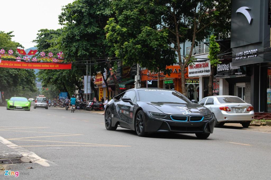 Nhin lai khoanh khac vuot deo Da Trang cua doan sieu xe Car Passion hinh anh 2