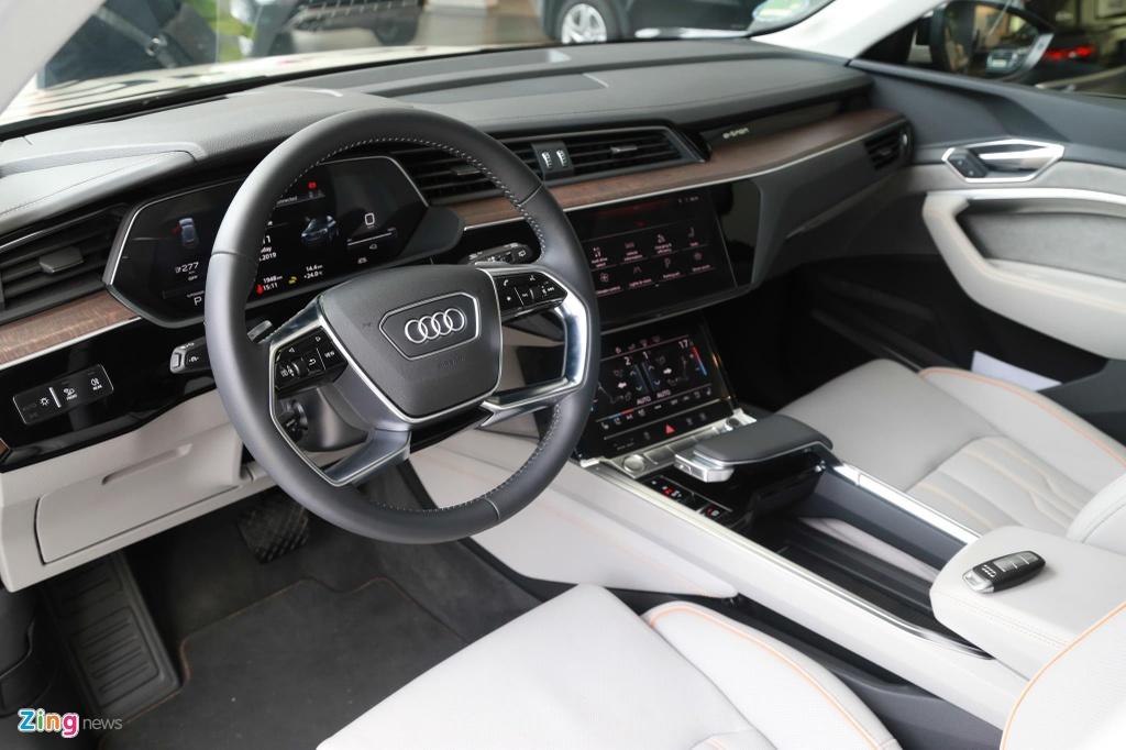 Can canh SUV dien Audi e-tron dau tien xuat hien tai VN hinh anh 12