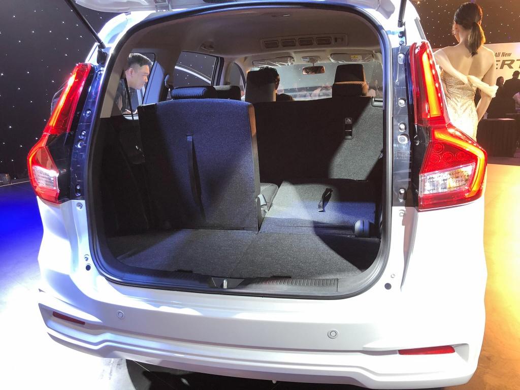 Suzuki Ertiga 2019 co gi de dau voi Mitsubishi Xpander? hinh anh 11