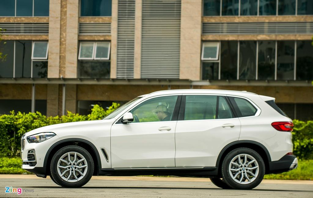 BMW X5 vua ra mat tai VN co gi hon Mercedes-Benz GLE? hinh anh 3