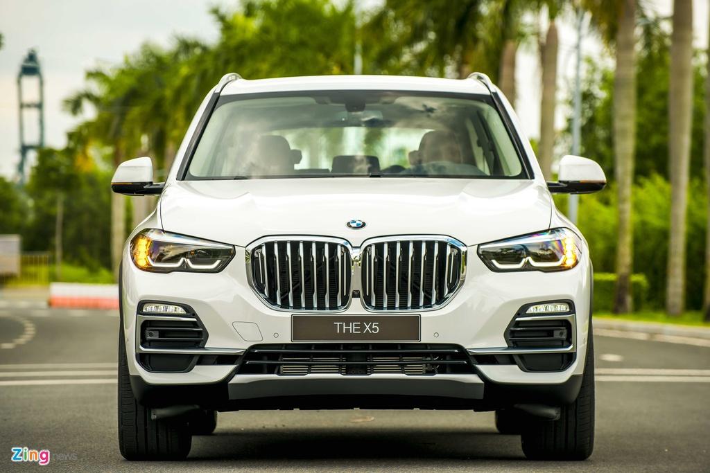 BMW X5 vua ra mat tai VN co gi hon Mercedes-Benz GLE? hinh anh 1